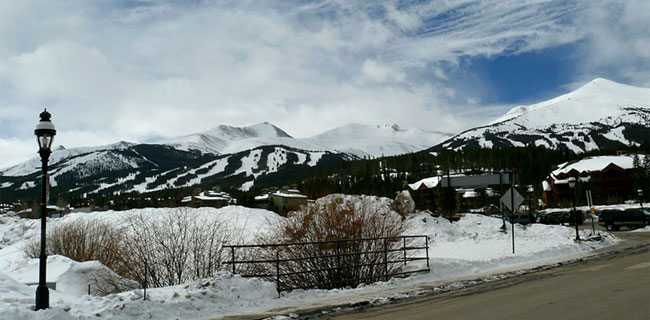 Breckenridge Shuttle drop-offs available anywhere in Breckenridge and Summit County.